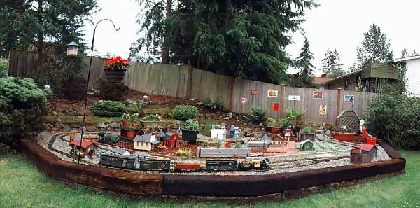 Toms Garden RailRoad